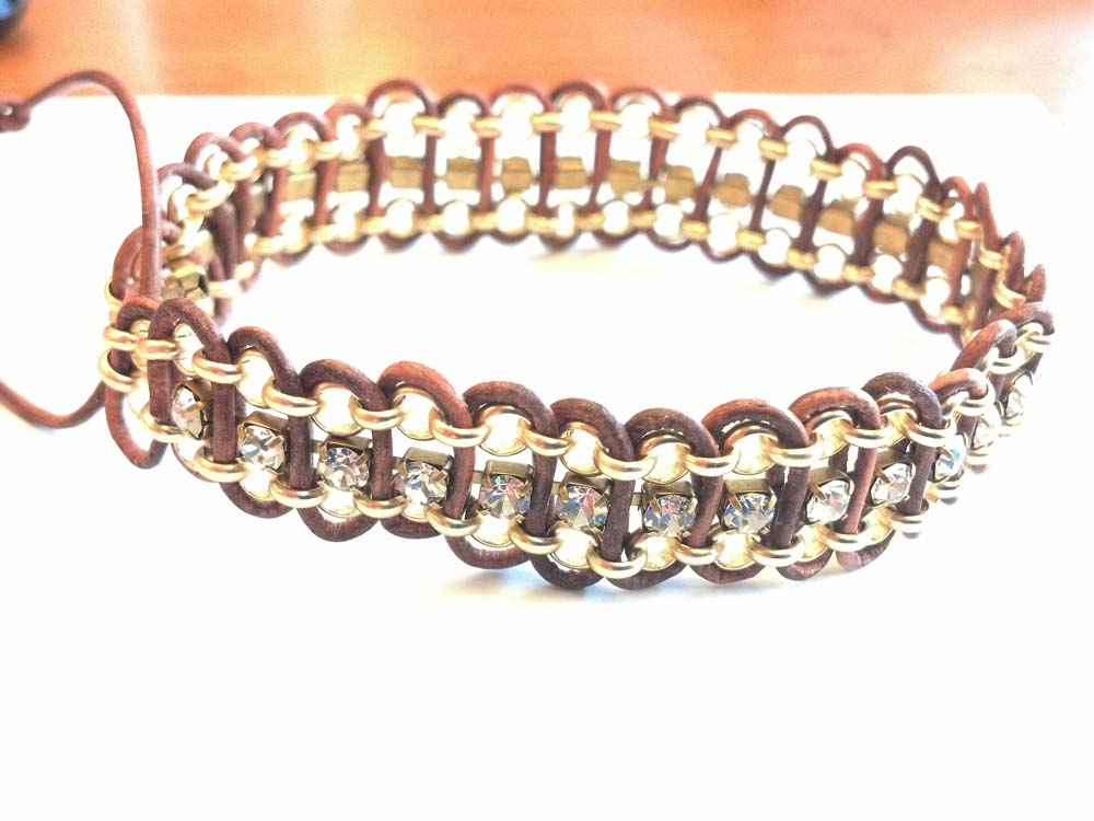 Pams-leather-glitter-bracelet